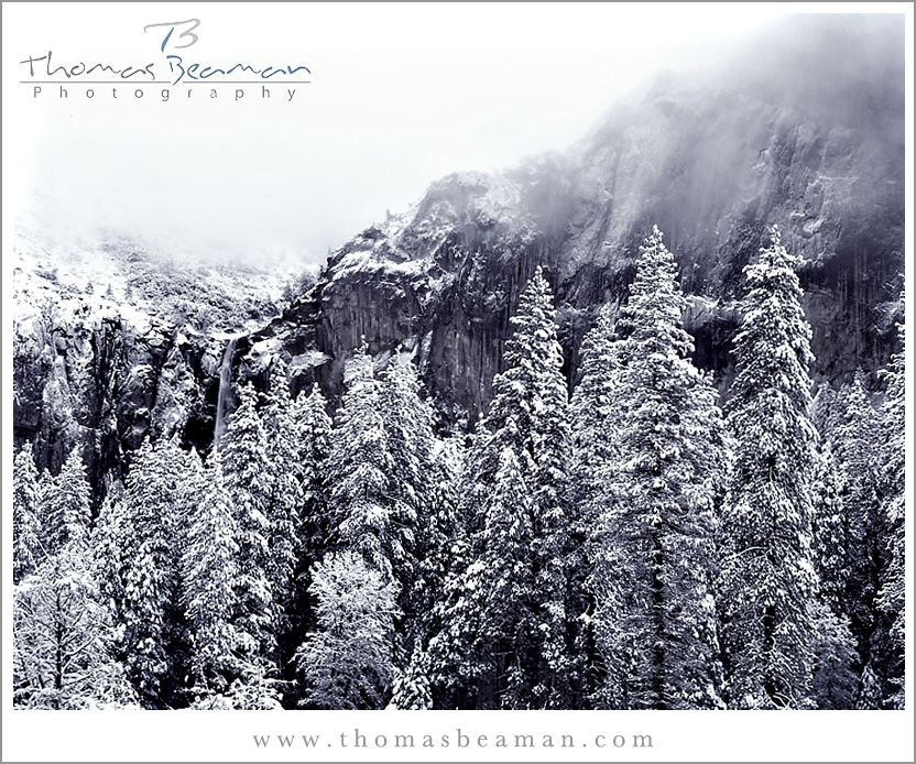 bridal veil falls in the snow and fog